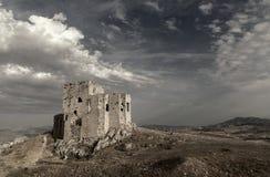 Gammal defensiv fästning Teba i Malaga Royaltyfri Foto
