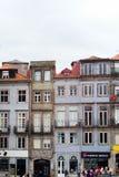 Gammal del av Porto, Portugal arkivfoton