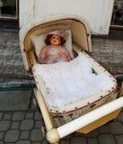 gammal docka Arkivfoton