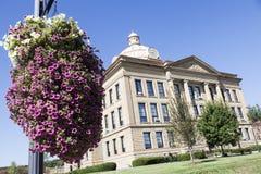 Gammal domstolsbyggnad i Lincoln, Logan County arkivfoto