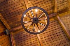 Gammal drays hjul Fotografering för Bildbyråer