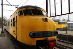 Gammal drevtyp Mat64 som var i det histpry som användes som lokal pendlare och som var intercity i Nederländerna Royaltyfria Foton