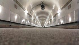 Gammal Elbe tunnel royaltyfria foton