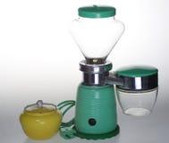 Gammal elektrisk kaffekvarn med sockerbunken Arkivfoton