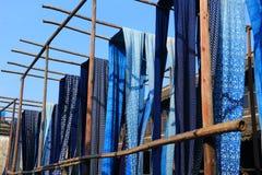 Gammal färga fabrik på en borggård i Kina Royaltyfri Bild