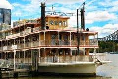 Gammal färja, Brisbane flod Royaltyfri Foto