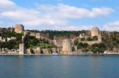 Gammal fästning i Istanbul Arkivfoton