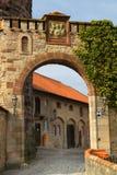 gammal fästningport Royaltyfria Bilder