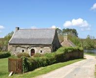 gammal by för franskt hus Arkivfoton