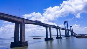 Gammal förstörd bro Royaltyfri Fotografi