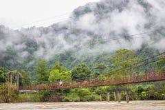 Gammal förstörd bro Arkivfoto