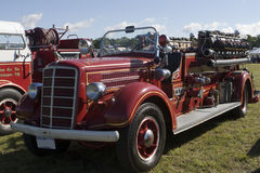 gammal firetruck Arkivbilder