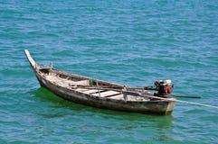 Gammal fiskebåt Arkivfoto