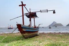 Gammal fiskebåt fotografering för bildbyråer