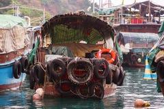 Gammal fiskebåt i Aberdeen, Hong Kong Fotografering för Bildbyråer