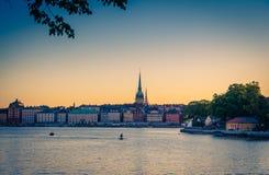 Gammal fjärdedel Gamla Stan med traditionella byggnader, Stockholm, strömbrytare arkivbilder