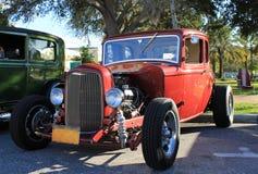 Gammal Ford hoa-stång bil Royaltyfria Bilder
