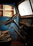 Gammal Ford lastbiltaxi Royaltyfri Bild