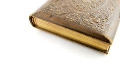 Gammal forntida bok som isoleras på vit bakgrund med stället för tex Royaltyfria Foton