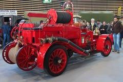 Gammal fransk brandlastbil Fotografering för Bildbyråer