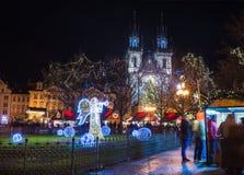 Gammal fyrkant för stad (Staromestska), Prague, Tjeckien, December Fotografering för Bildbyråer