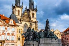 gammal fyrkantig town Prague tjeckisk republik Arkivbild