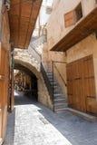 Gammal gata i downtow Saida, Libanon royaltyfri foto