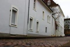 Gammal gata i Saarbruecken Arkivbilder