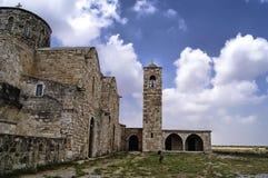 Belltower i Cypern royaltyfri fotografi