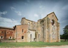 Gammal gotisk abbotskloster - abbotskloster av San Galgano, Tuscany, Italien Arkivfoto