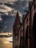 Gammal gotisk kyrklig tornspira i Toulouse Frankrike Royaltyfri Fotografi