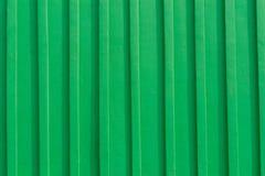 Gammal grön trävägg Arkivbild