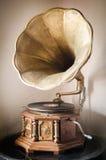 gammal grammofon Arkivfoton