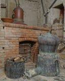 Gammal grekisk spritfabrik för ouzo (anice) royaltyfri foto