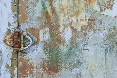 Gammal grunge korroderad rostad metallväggtextur Royaltyfri Bild