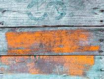 Gammal grungy målad wood bakgrund Arkivfoto