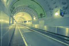 Gammal Hamburg Elbe tunnel Arkivbilder