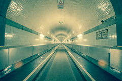 Gammal Hamburg Elbe tunnel Arkivfoto