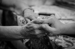Gammal hand Royaltyfri Bild