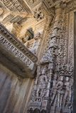 Gammal hinduisk SAS-Bahu tempel i Rajasthan, nära Udaipur, Indien Royaltyfri Fotografi