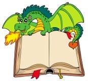 gammal holding för bokdrakegreen royaltyfri illustrationer