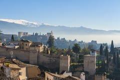 Gammal horisont av Granada Spanien arkivfoton