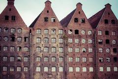 Gammal industribyggnad i Gdansk arkivbilder