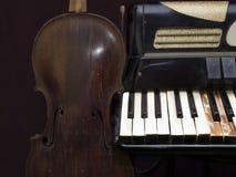 gammal instrumentmusikal Arkivbild