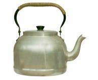 gammal isolerad kettle mycket arkivfoto