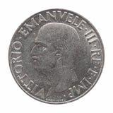 Gammal italiensk Lira med den Vittorio Emanuele III konungen som isoleras över vit Arkivbilder
