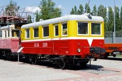 Gammal järnväg diesel- railcar i museum Royaltyfria Bilder