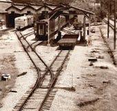 gammal järnväg station royaltyfria bilder