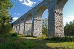 gammal järnväg sten för bro Royaltyfri Bild