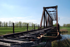 Gammal järnvägsbro Arkivfoton